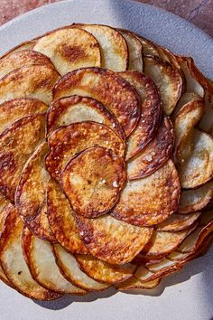 Join us for our Saturday demo as our in house cook, Amanda makes Pomme Anna. Pomme Anna is fluffy on the inside and crispy on the outside and great for any occasion! Stop at 1 pm - 4 pm to try this delicious dish Potatoes Anna, Sliced Potatoes, Vegetable Side Dishes, Vegetable Recipes, Pommes Anna Recipe, Humble Potato, Sandwiches, Potato Dishes, Potato Recipes