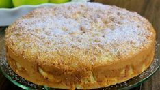 Hrnčekový jablkový koláč s kefírom a fantastickou jemnou chuťou pripravený behom pár minút - Recepty od babky My Dessert, Dessert Recipes, Czech Recipes, Ethnic Recipes, American Apple Pie, Apple Pie Cake, Apple Desserts, Round Cake Pans, Kefir