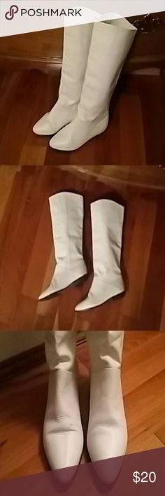 Cream Ipanema leather boots. Size 8 1/2 Stylish cream leather Ipanema boots. Flat heels. Slight wear on bottoms as shown. A couple of scuffs on toes....but not so noticeable Ipanema Shoes Heeled Boots