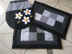 Paper Pieced Quilt Patterns, Diy Flowers, Pot Holders, Hand Embroidery, Projects To Try, Diy Crafts, Quilts, Couture, Jeans