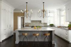 Winnetka Clapboard House Kitchen Design by #TomStringerDesignPartners #TSDP