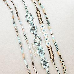 String Bracelet Patterns, Diy Bracelets Patterns, Yarn Bracelets, Diy Bracelets Easy, Summer Bracelets, Bracelet Crafts, Ankle Bracelets, Handmade Bracelets, Friendship Bracelets Designs