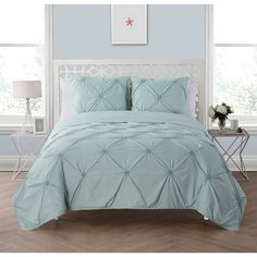 House of Hampton Barber 3 Piece Reversible Quilt Set Size: Full/Queen, Color: Aqua King Comforter Sets, Bedding Sets, White Shag Rug, Shabby, King Size Quilt, Chic Bedding, Luxury Bedding, Stylish Beds, Quilt Sets
