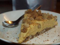 Kevätkakku Good Bakery, Mango Cake, Raw Cake, Salty Foods, Sweet And Salty, Creative Food, Pie, Sweets, Cooking