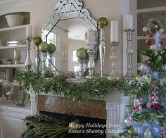 Sissie's Shabby Cottage Christmas Mantle