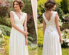 Robe de mariée bohème - robe pour un mariage bohème en mousseline de soie et dentelle blanc ou ivoire made in France fait main