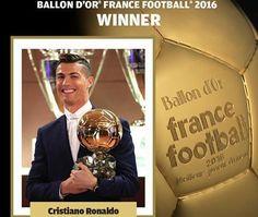 Oficial: Cristiano Ronaldo destronar Messi e vence quarta Bola de Ouro https://angorussia.com/desporto/oficial-cristiano-ronaldo-destronar-messi-vence-quarta-bola-ouro/