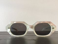 a944bfd9ff3 True Vintage 1950s Sunglasses Flattop Sunshades French Marble Pearl Lucite  Heptagon 50s Mod Boho Sun
