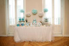 Mesa dulce azul y blanco