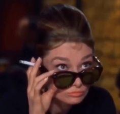 Old Hollywood Glamour, Golden Age Of Hollywood, Vintage Glamour, Vintage Hollywood, Classic Hollywood, Aubrey Hepburn, Audrey Hepburn Photos, Aesthetic Movies, Aesthetic Videos