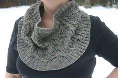 Ravelry: Avventura Cowl pattern by Justyna Lorkowska
