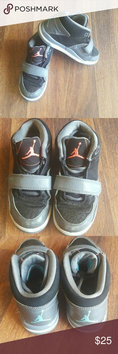 11c jordan shoes Good used jordans. Dome wear pictures on the tips. Shoes laces are good. Jordan Shoes Sneakers