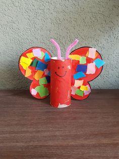 Vlinder verven en beplakken. Paper Plates, Bunny, Christmas Ornaments, Logos, Holiday Decor, Kids, Google, Art, School