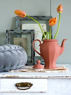 diy with old dinnerware & paint, love it