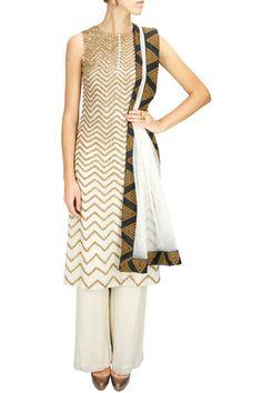 CLASSIC CONTRASTS : Ivory zardosi work kurta set by Joy Mitra. Shop now at www.perniaspopups... #joymitra #designer #fashion #couture #shopnow #perniaspopupshop #happyshopping