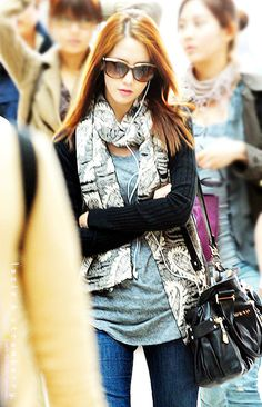 So casual but chic Snsd Fashion, Asian Fashion, Girl Fashion, Womens Fashion, Casual Chic Style, Style Me, Kpop Outfits, Cute Outfits, Yoona Snsd
