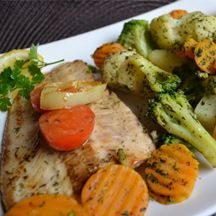 Sajtos rakott pulykamell - Keva Blog Mozzarella, Mashed Potatoes, Bacon, Chicken, Meat, Ethnic Recipes, Food, Whipped Potatoes, Essen