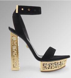 048181da64207 32 mejores imágenes de Zapatos Versace
