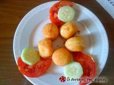 Τυρομπαλάκια #sintagespareas My Recipes, Cooking Recipes, Greek Appetizers, Greek Beauty, Fruit Salad, Side Dishes, Bread, Snacks, Meals