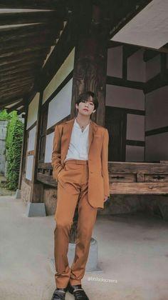 BTS Summer Package 2019 HD scans V Kim Taehyung Tae lockscreen wallpaper. Bts Taehyung, Jimin, Namjoon, Seokjin, Hoseok, Daegu, Foto Bts, Boys Lindos, V Bts Cute