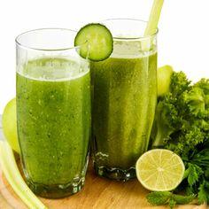 So können Sie Ihren Körper entwässern: So helfen Grüne Smoothies gegen Wassereinlagerungen ...