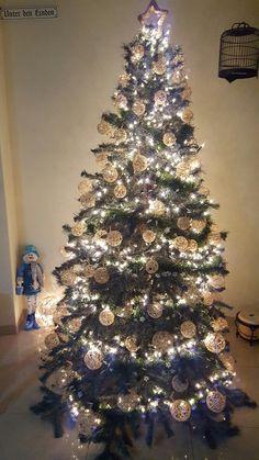 String ball christmas tree ornaments