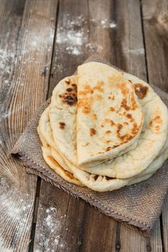 Πίτες για σουβλάκι! | βασικές συνταγές | βουρ στο ψητό! | συνταγές | δημιουργίες| διατροφή| Blog | mamangelic