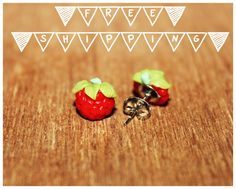 Nickel Free Raspberry Polymer Clay Stud Earring / Orecchini a Perno in Fimo