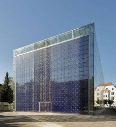 Datei:Herz-Jesu-Kirche Munich September 2014 02.JPG