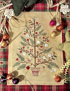 Tournicoton : The Silver Needle, Fine Needlecraft Materials Christmas Sewing, Christmas Embroidery, Christmas Cross, Christmas Projects, Holiday Crafts, Christmas Snowman, Xmas, Christmas Decor, Christmas Tree Quilt