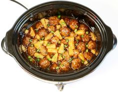 This Crock Pot Teriyaki Meatballs Recipe will have you dreaming Teriyaki dreams all week long! There's no need for Teriyaki take-out when you can make this incr Pineapple Chicken Recipes, Orange Chicken Crock Pot, Chicken Teriyaki Recipe, Teriyaki Meatballs, Crock Pot Meatballs, Parmesan Meatballs, Fall Crockpot Recipes, Cooker Recipes, Desserts