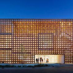 Aspen Art Museum by Shigeru Ban Architects.