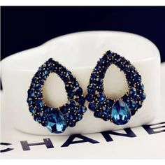 Royal blue earrings Royal blue beautiful earrings good for the night out . Jewelry Earrings