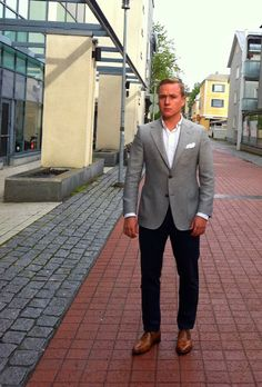 Smart Casual For Fall - The Nordic Fit