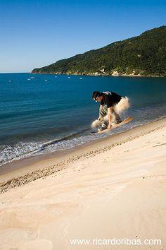Digi nas dunas da Praia dos Ingleses, em Florianópolis.