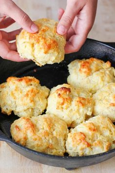 This easy drop biscuit recipe only requires 5 simple ingredients! In under 30 minutes you can have homemade drop biscuits on your table! Recipes for kids to make Easy Drop Biscuit Recipe, Homemade Drop Biscuits Homemade Drop Biscuits, Easy Drop Biscuits, Sour Cream Biscuits, Baking Powder Biscuits, Breakfast Biscuits, Breakfast Bake, Breakfast Casserole, Biscuit Bread, Crack Crackers