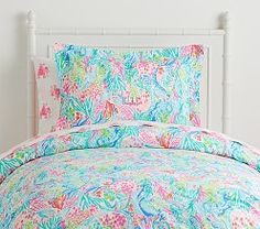 Shop Lilly Pulitzer bedding, decor, and more at Pottery Barn Kids. Find your favorite Lilly Pulitzer prints that will add a pop of color to your nursery or kid's room. Organic Duvet Covers, Mermaid Cove, Leila, Kids Bedroom Designs, Full Duvet Cover, Nursery Bedding, Bedding Sets, Girl Bedding, Comforter Set