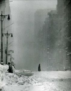 "fewthistle: "" Big Snow. 42nd Street, New York City. 1956. Photographer: Andreas Feininger """