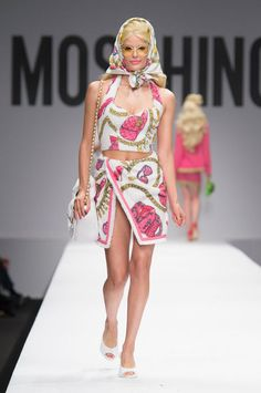 """<p tabindex=""""-1"""">Moschino spring 2015 collection show. Photo: Imaxtree</p>"""