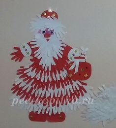 Hands of Santa Claus. Christmas Classroom Door, Christmas Door Decorations, Christmas Crafts For Kids, Christmas Activities, Christmas Projects, Kids Christmas, Holiday Crafts, Christmas Ornaments, Theme Noel
