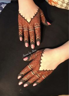 Simple Mehendi designs to kick start the ceremonial fun. If complex & elaborate henna patterns are a bit too much for you, then check out these simple Mehendi designs. Easy Mehndi Designs, Dulhan Mehndi Designs, Latest Mehndi Designs, Bridal Mehndi Designs, Mehndi Designs Finger, Finger Henna Designs, Mehndi Designs For Girls, Mehndi Design Photos, Mehndi Designs For Fingers