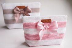 Life with Mari: Virkattua Free Crochet Bag, Crochet Pouch, Love Crochet, Beautiful Crochet, Knit Crochet, Crotchet Bags, Knitted Bags, Crochet Handbags, Crochet Purses