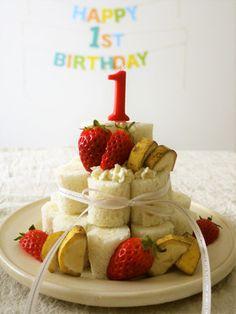 食パンで♪1歳の誕生日ケーキ【離乳食】