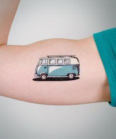 Tattoo cartoon kombi