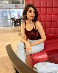 Shradha das tollywood and Bollywood tempting insane beauty face unseen latest hot sexy images of her body show and navel pics with big cleav. Shraddha Das, South Indian Actress, Bollywood Actress, Indian Actresses, Camisole Top, Navel, Tank Tops, Hot, Sexy