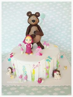 Masha and the Bear - Cake by Hokus Pokus Cakes- Patrycja Cichowlas