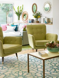 2 seating areas/floor plan/mid century chairs/leggy (House of Turquoise: Amory Brown)