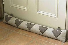 Olcsó, és fűtés nélkül lesz tőle melegebb a lakás: nézd meg, te is akarsz majd egyet!   femina.hu