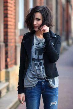 20 Cute Hairstyles with Short Hair