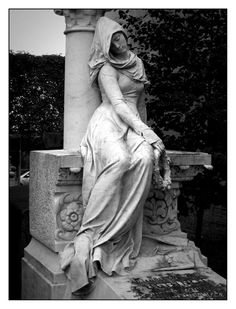 La reve gris by ~f-c-n on deviantART ~ Père-Lachaise, Paris Cemetery Statues, Cemetery Angels, Cemetery Art, Angel Statues, Angel Sculpture, Art Sculpture, Old Cemeteries, Graveyards, Architecture Religieuse